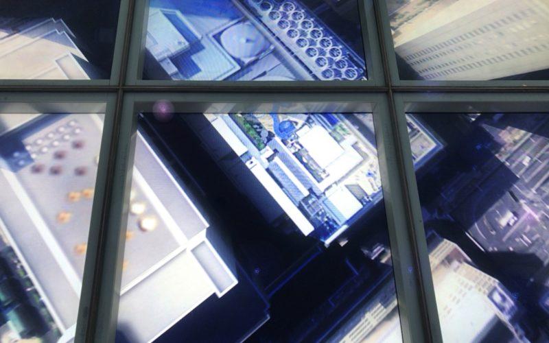 スカイサーカス サンシャイン60展望台の天空251エリアにあるスカイトランポリン映る映像