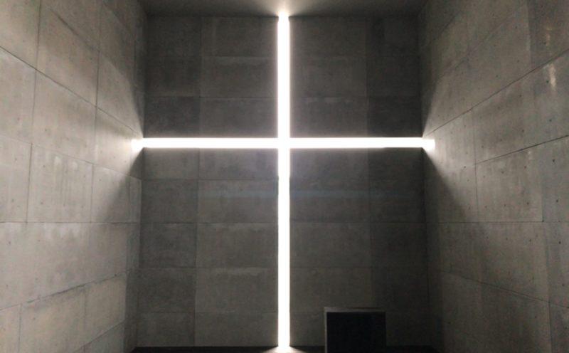国立新美術館で開催されている「安藤忠雄展ー挑戦ー」の屋外展示場に展示されている光の教会のインスタレーション