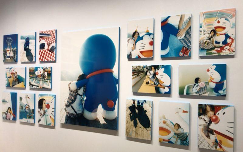 六本木ヒルズの森アーツセンターギャラリーで開催した「THE ドラえもん展 TOKYO 2017」に再展示していた蜷川実花さんの作品