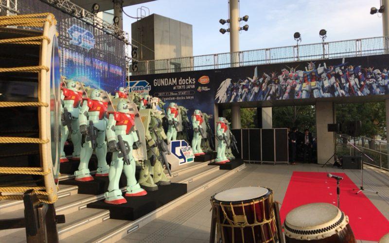 お台場ダイバーシティで開催したイベント「ガンダム ドックス at TOKYO JAPAN」でフェスティバル広場に展示していた21体の立像
