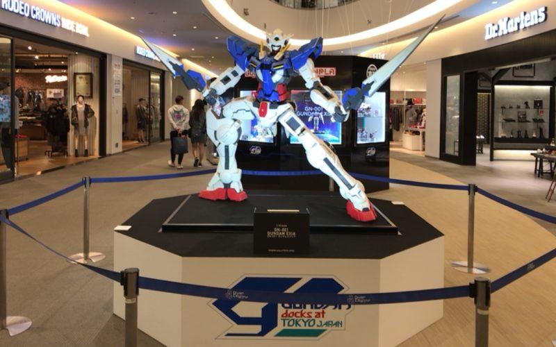 お台場ダイバーシティで開催した「ガンダム ドックス at TOKYO JAPAN」で4F通路に展示していたガンダム00