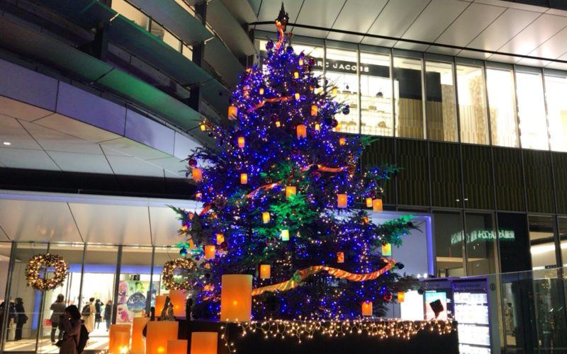 渋谷ヒカリエ1F正面入口前に設置していた渋谷ヒカリエクリスマス2016~WONDERLAND~のクリスマスツリー