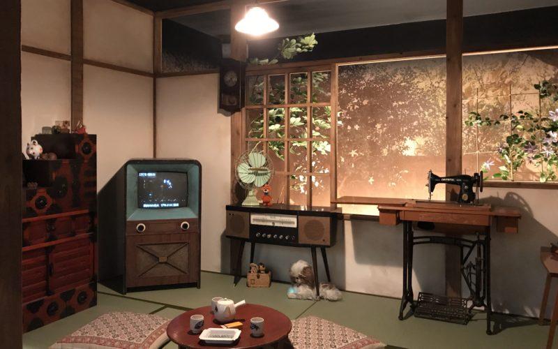 ヒストリーガレージの2Fにあるヒストリーガレージコレクション内に展示している昭和の食卓