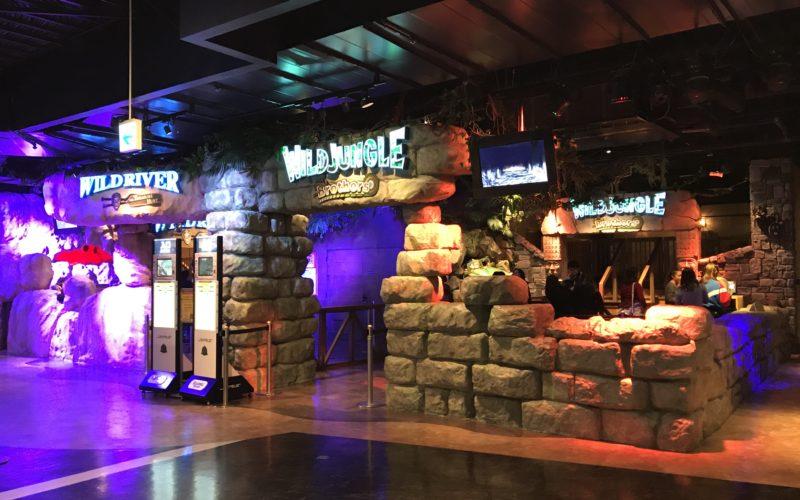 デックス東京ビーチ内 東京ジョイポリスの3rdフロアにあるワイルドリバーとワイルドジャングルの入口
