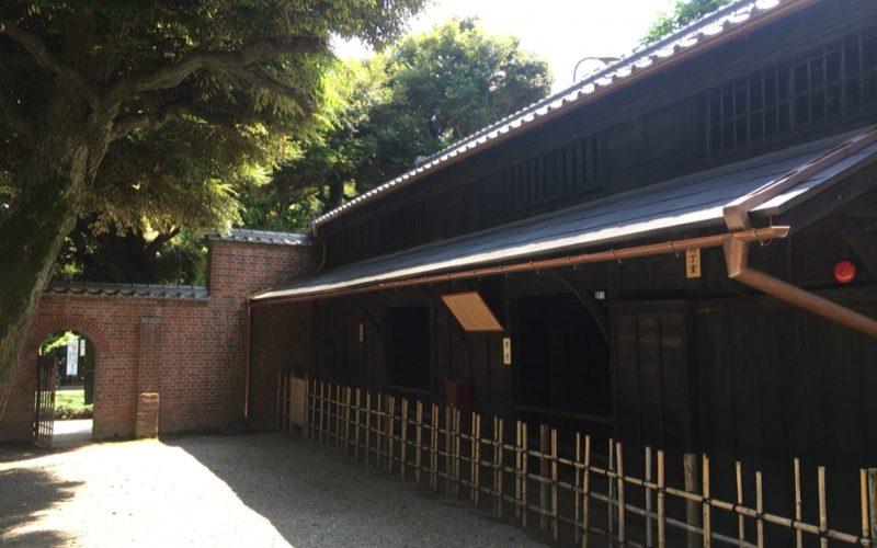 乃木神社の厩