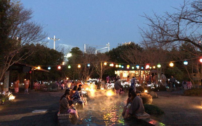大江戸温泉物語お台場の足湯のライトアップ