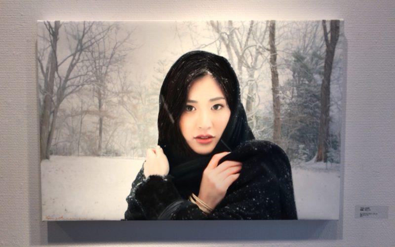 イガル・オゼリ展に展示していた坂井香さんをモデルにした絵画