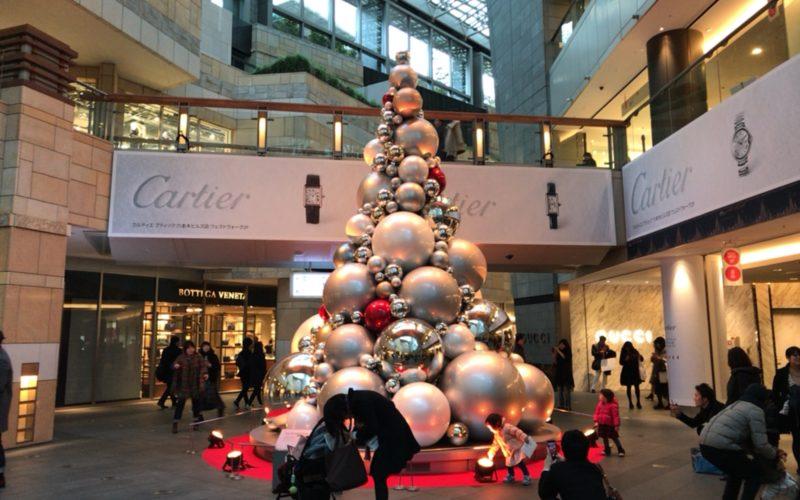六本木ヒルズ アーテリジェントクリスマスのウェストウォークイルミネーション