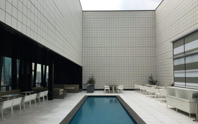 東急プラザ銀座の屋上 キリコテラスのウォーターサイド