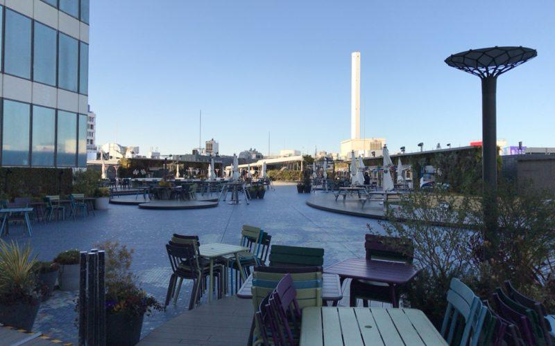 西武池袋の9F屋上にある食と緑の空中庭園