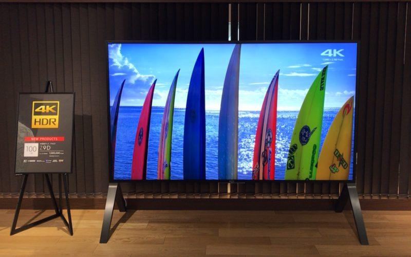 銀座プレイス5Fのソニーストア銀座内に展示していた100インチの4K対応液晶テレビ ブラビア