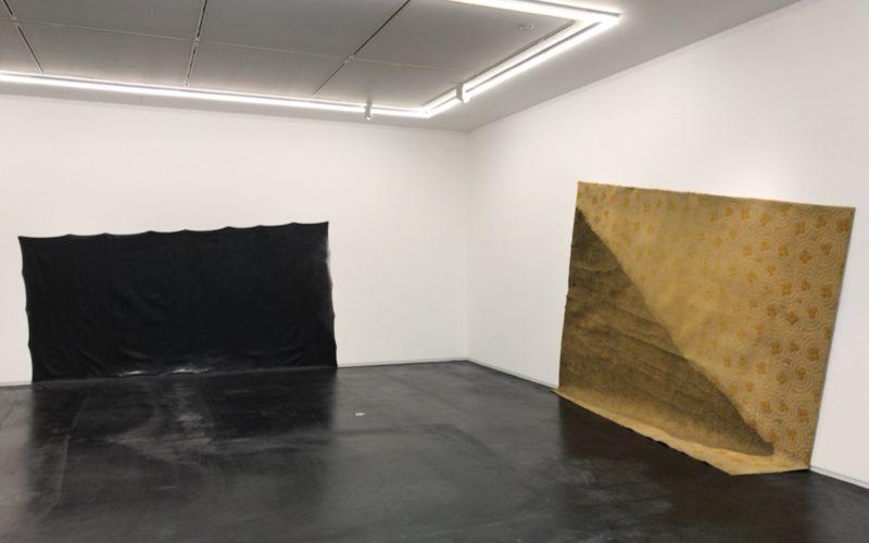 コンプレックス665の3Fにあるタカ・イシイギャラリーで開催した榎倉康二「Figure」の会場内