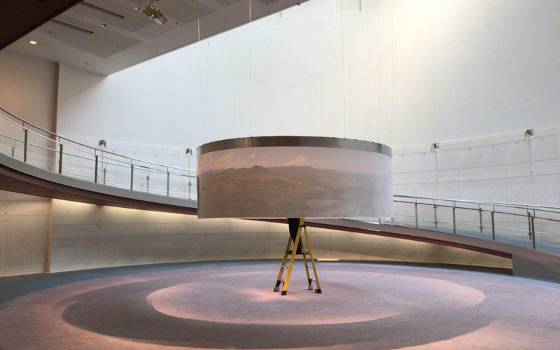 Gentaro Ishizuka Exhibition panoramaの会場に展示していたつつ状の作品