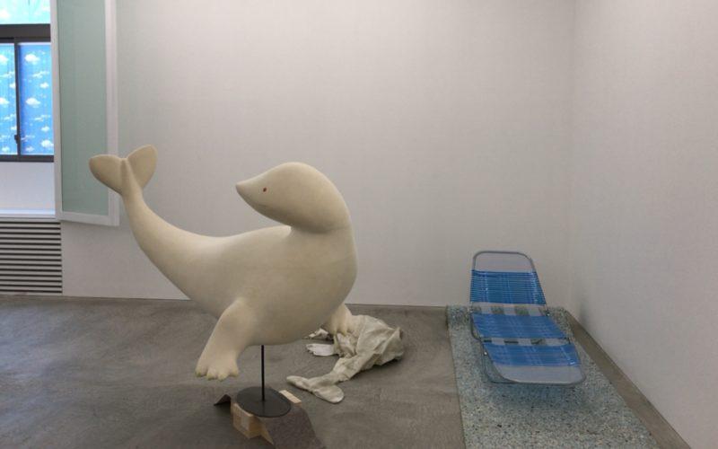 コンプレックス665 2Fの小山登美夫ギャラリーで開催した杉戸洋「frontispiece and end leaf チリと見返し」のバックヤード