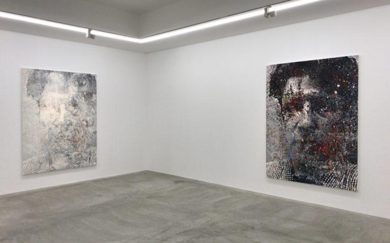 小山登美夫ギャラリーで開催したサイトウマコト「2100」の会場内