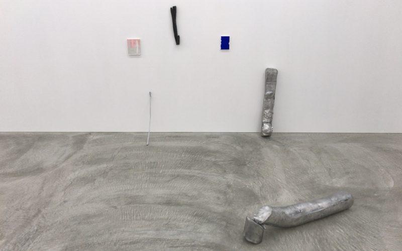 コンプレックス665の2Fにある小山登美夫ギャラリーで開催していたパウロ・モンテイロ展 「The outside of distance」の展示作品