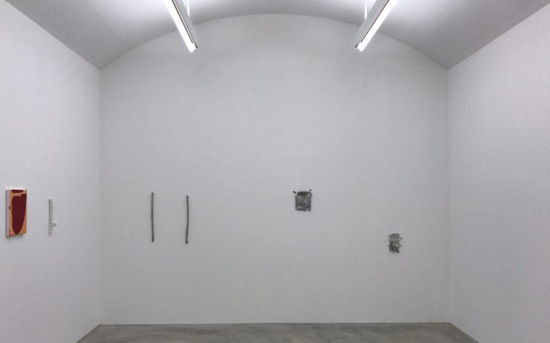 小山登美夫ギャラリーで開催していたパウロ・モンテイロ展 「The outside of distance」の会場内