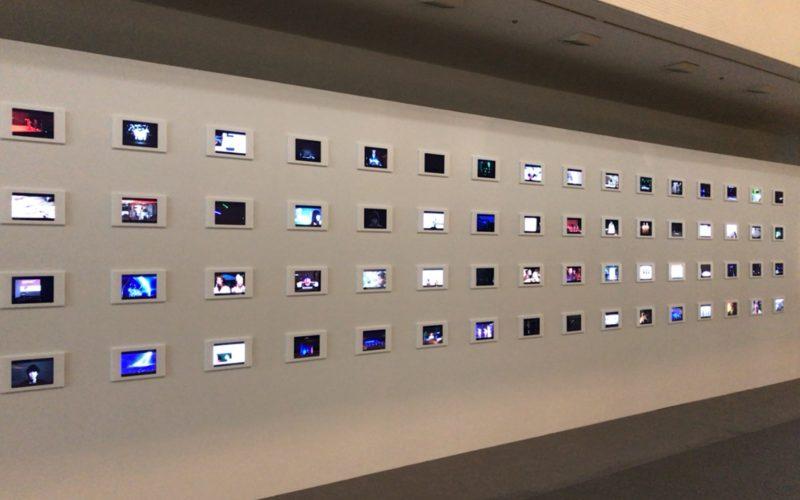 Rhizomatiks 10の会場内にあった無数のモニターに上映されている映像