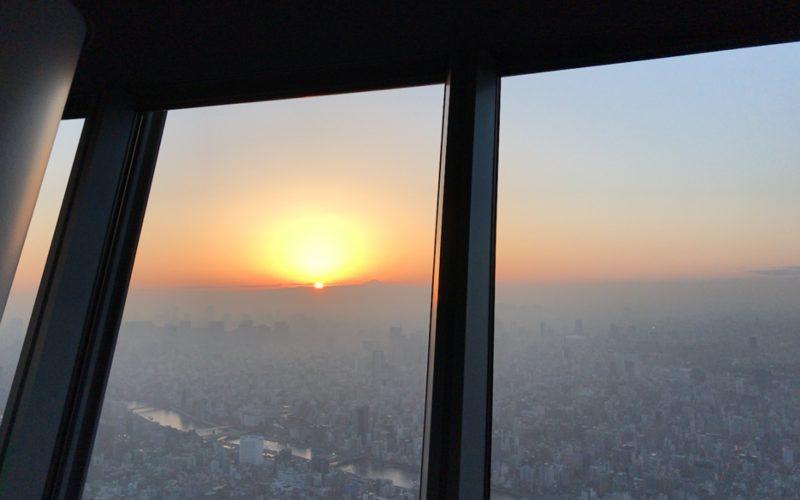 東京スカイツリーから見える夕日