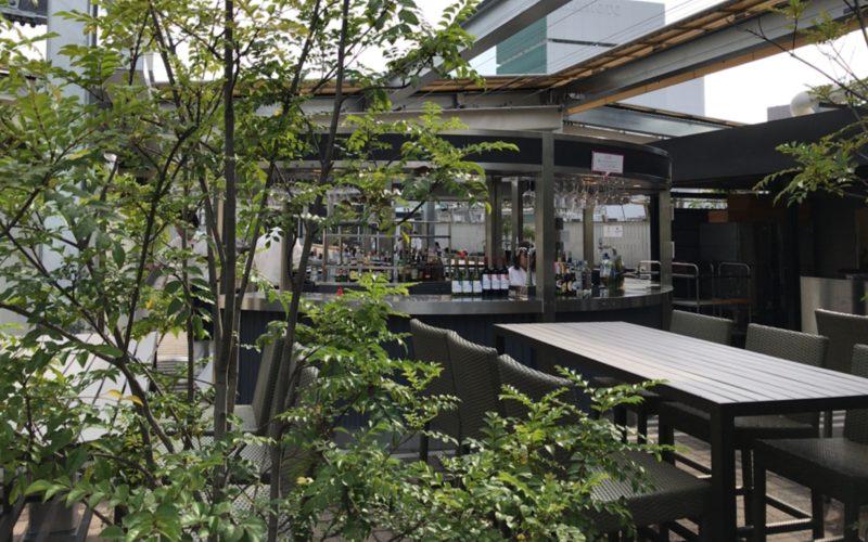 松屋銀座の屋上にオープンしている美しくなるビアガーデンの店内