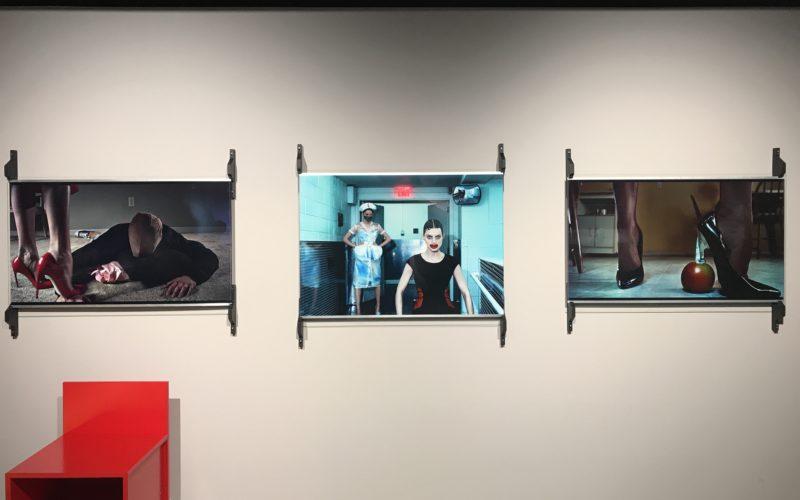 ギンザシックス6Fの銀座蔦屋書店内にあるギャラリー THE CLUBで開催した企画展「FETISH」の会場内