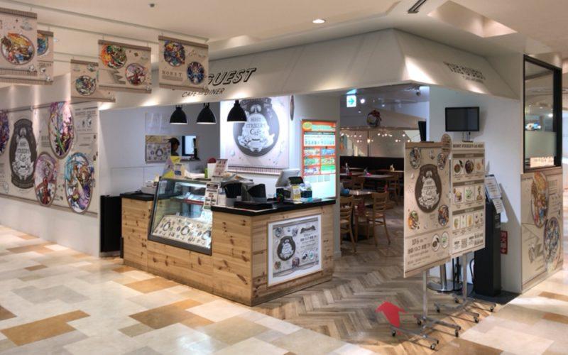 池袋パルコ7Fのザ ゲスト カフェ アンド ダイナーにオープンしている「モンスト ストライカーズ カフェ」の店頭
