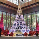 丸ビル1Fのマルキューブに展示していた丸の内ブライトクリスマス 北欧から届いたクリスマス with Yumingのメインツリー