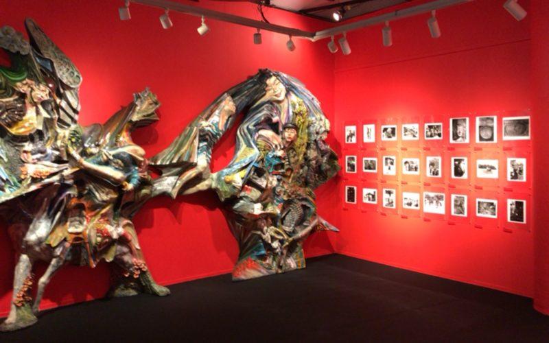 岡本太郎記念館の2Fで開催した特別展示「わたしの野花たち」に展示していた三宅感さんの作品