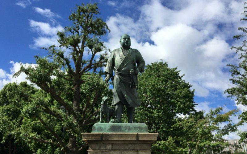 上野公園に展示している西郷隆盛像