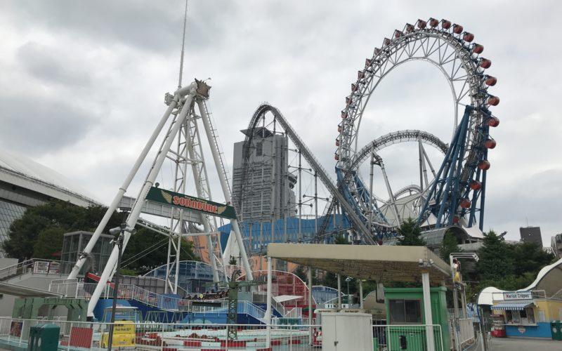 東京ドームシティアトラクションズとラクーアのアトラクション群