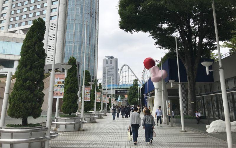 東京ドームシティの入口通路