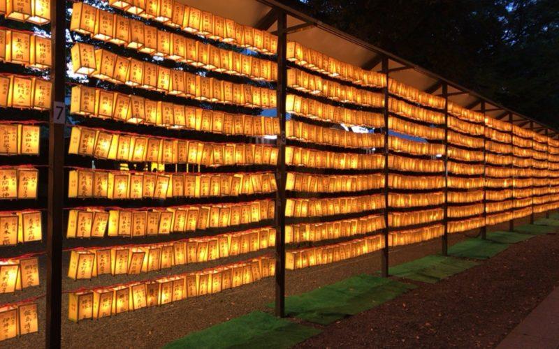 靖国神社で開催したみたままつりに展示していた灯籠